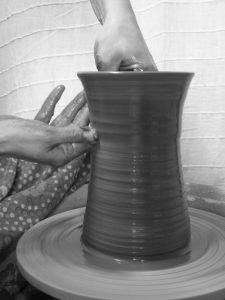 tournage grès artisanal main
